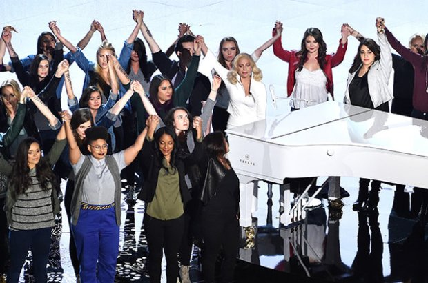 lady-gaga-oscars-performance-with-survivors-2016-billboard-650